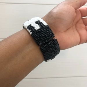 Jewelry - African Hand-beaded Black and White Bracelet